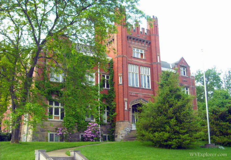 Salem University Expands Flexible Dual Credit Options with TEL Education